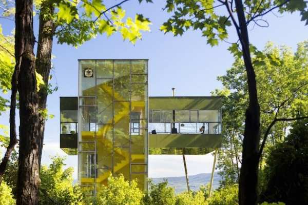 Glass tower house in the States  (1)