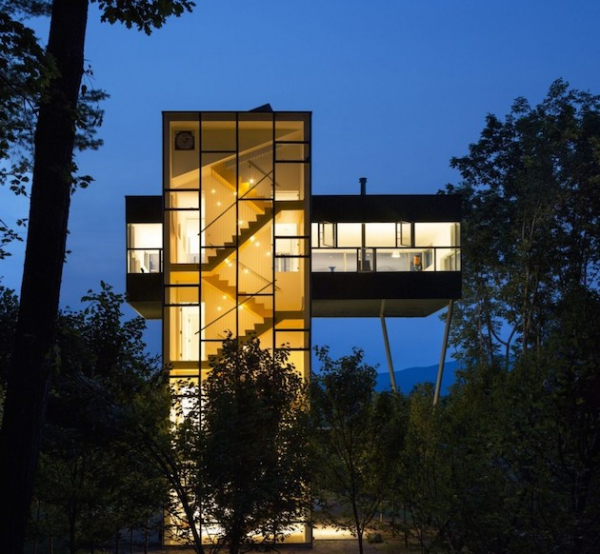 Glass tower house in the States  (8)
