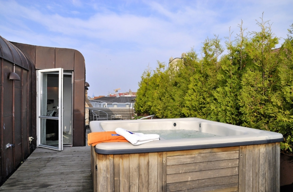 gorgeous-terrace-a-fantastic-addition-to-your-busy-lifestyle-8