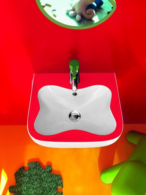 happy-colors-in-the-kids-bathroom-7