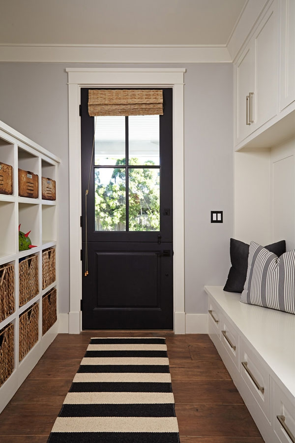 Home owners pull off a well organized eclectic house interior  (25)