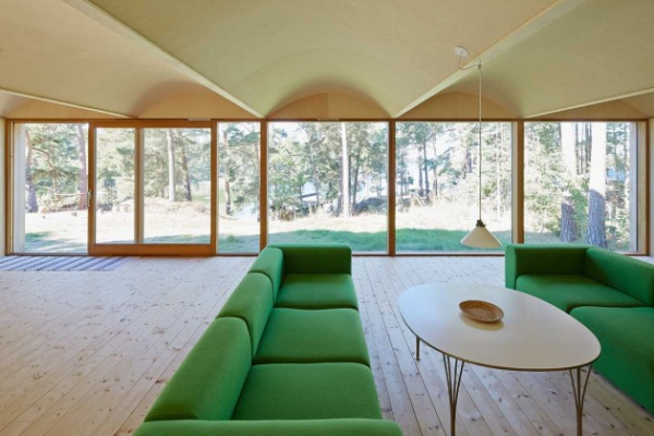Scandinavian family vacation house (5)
