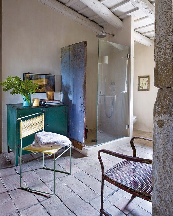 impressive-and-adorable-restored-farmhouse-10