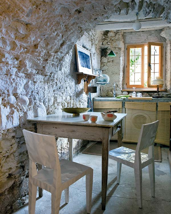 impressive-and-adorable-restored-farmhouse-7