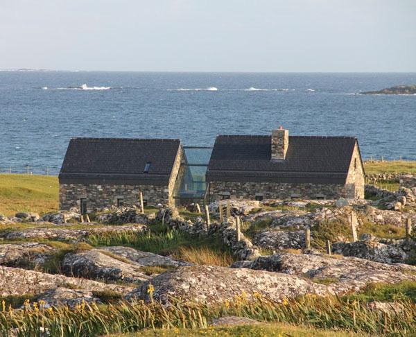modern stone cottage (15).jpg