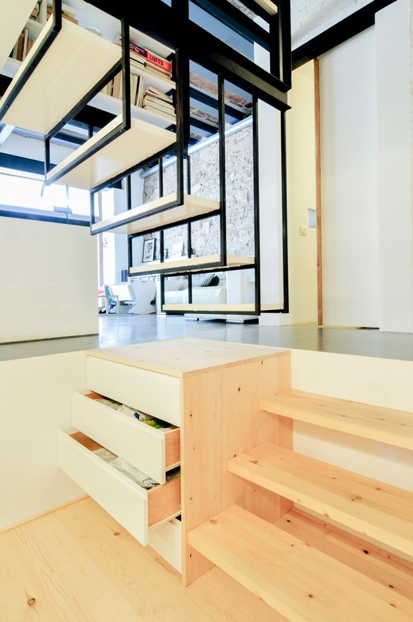 incredible-smart-design-for-a-small-space-10