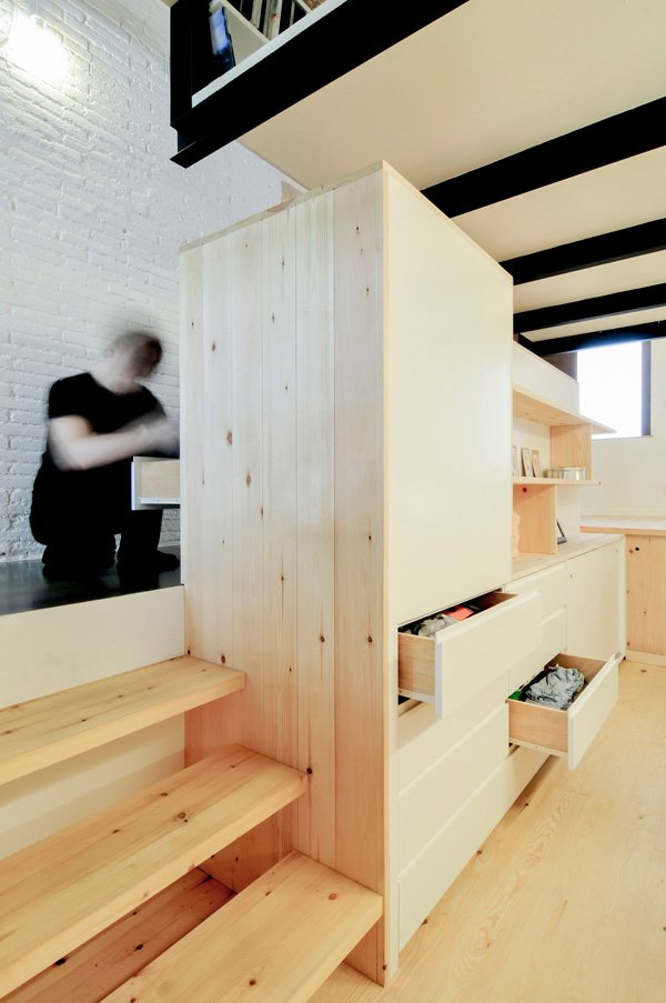 incredible-smart-design-for-a-small-space-9