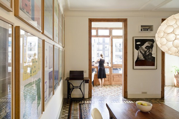 Interior modernization by the Bachs  (2)