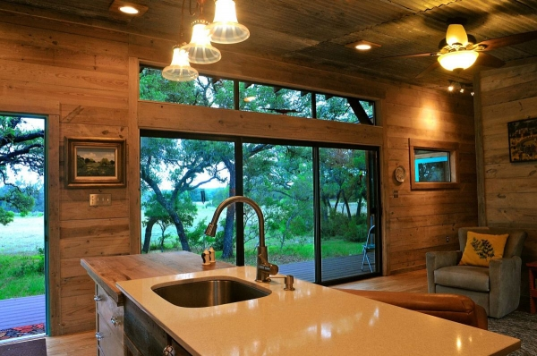 la-arboleda-a-beautifully-reclaimed-wood-cabin-6
