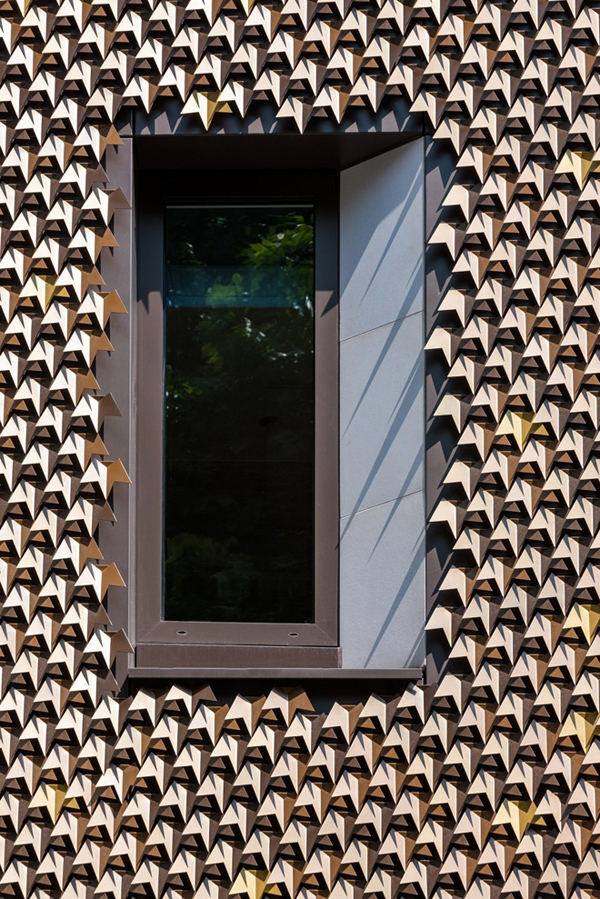leaf-inspired-contemporary-facade-10