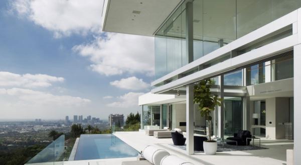 Living it up with luxury minimalist design (1)