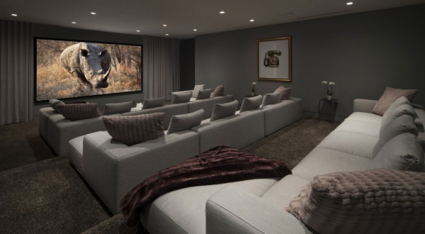 Living it up with luxury minimalist design (16)
