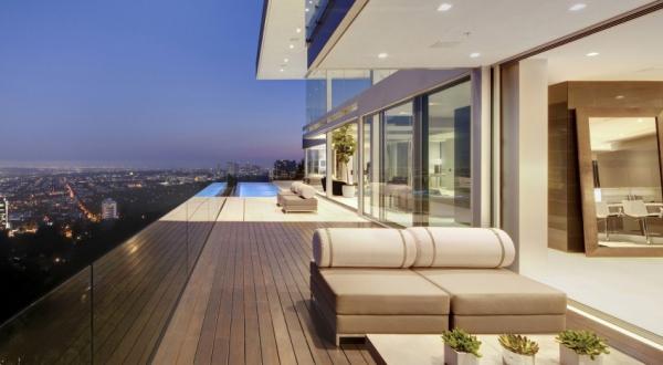 Living it up with luxury minimalist design (18)