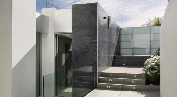 Living it up with luxury minimalist design (2)