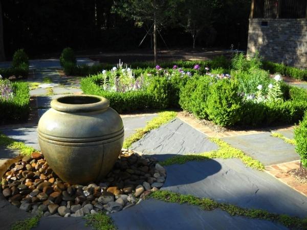 lovely-garden-pathway-ideas-12