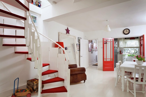lovely-red-and-white-in-this-london-house-6