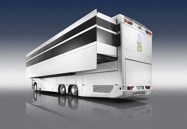 luxurious-and-futuristic-caravan-2