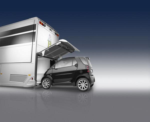luxurious-and-futuristic-caravan-3