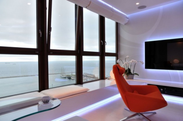 luxurious-apartment-overlooking-the-sea-2