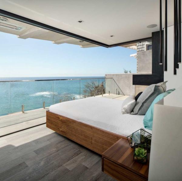Luxurious clifftop house in Laguna Beach (22)