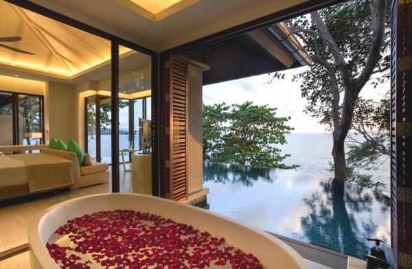 luxury-island-resort-in-phuket-11