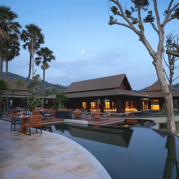 luxury-island-resort-in-phuket-7