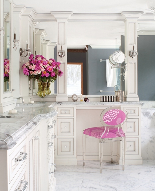 majestic-and-luxurious-an-awesome-bathroom-2