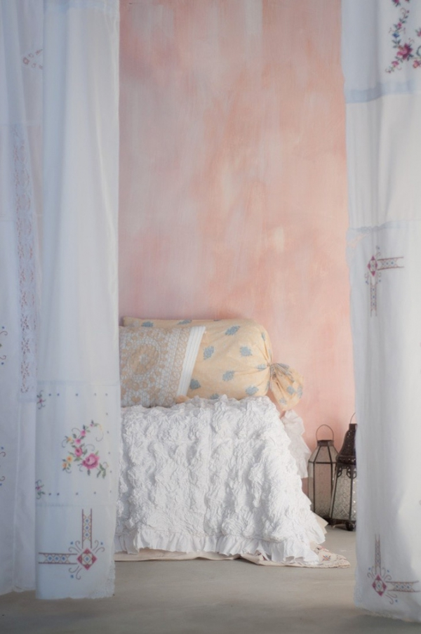 make-dusty-pink-decorations-a-part-of-your-home-13