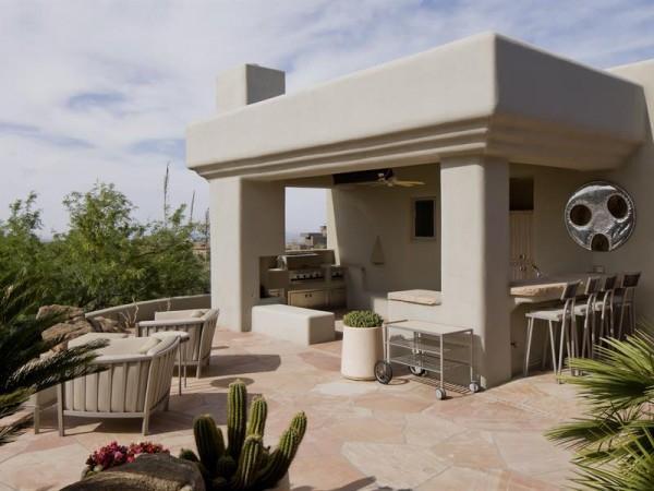 Marvelous house tucked away in the Arizona Desert (22)