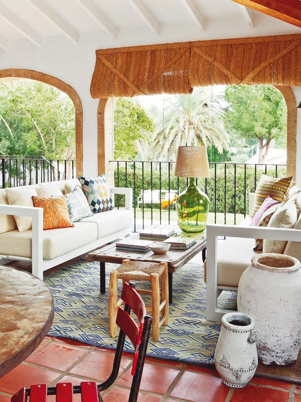 Mediterranean coastal residence in Valencia, Spain (1).jpg