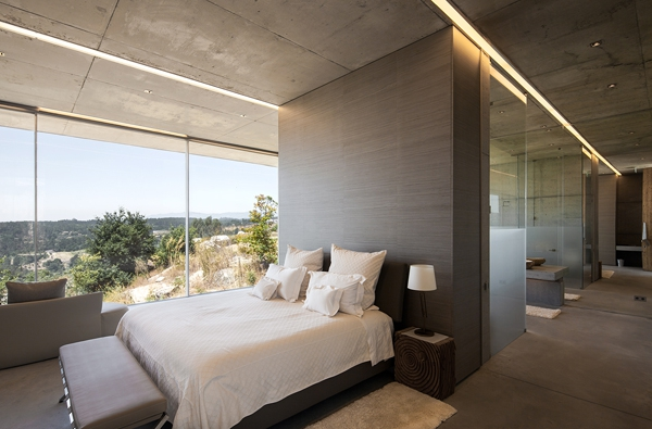 Minimalist guesthouse in Portugal (4)