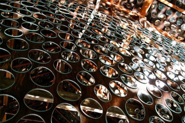 mirror-exterior-makes-a-shining-example-5