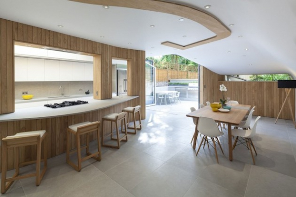 mix-and-match-style-at-this-curved-home-11