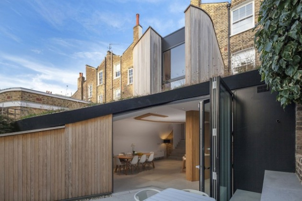 mix-and-match-style-at-this-curved-home-7