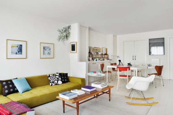 Modern bright apartment pops with color (2)