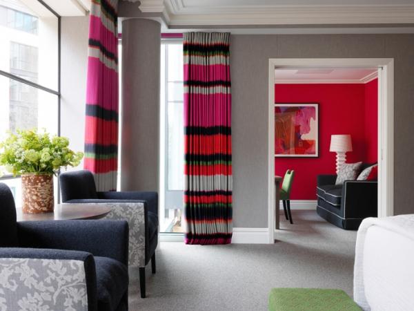 amazing hotel interiors in London (11).jpg
