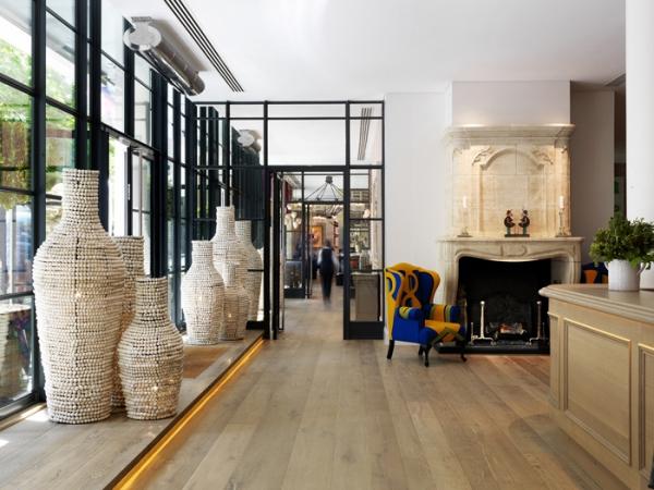 amazing hotel interiors in London (13).jpg