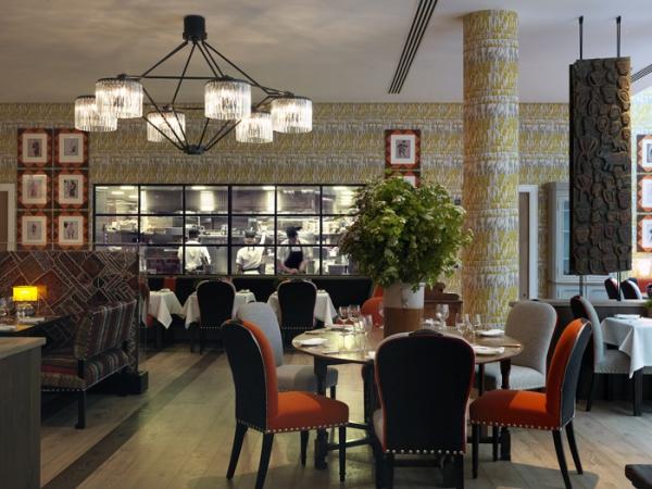 amazing hotel interiors in London (21).jpg