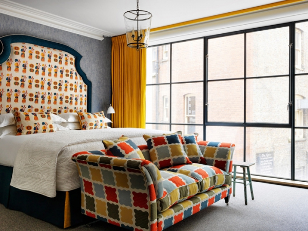 amazing hotel interiors in London (24).jpg