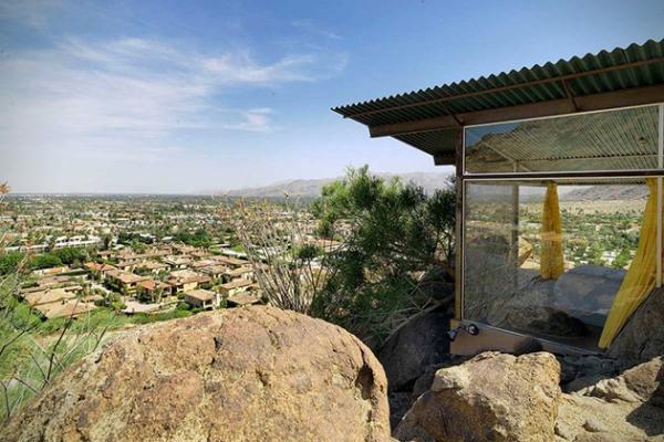 Modern desert home in California (8)