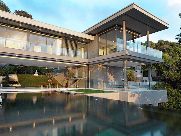 modern-house-set-on-a-hill-in-phuket-4