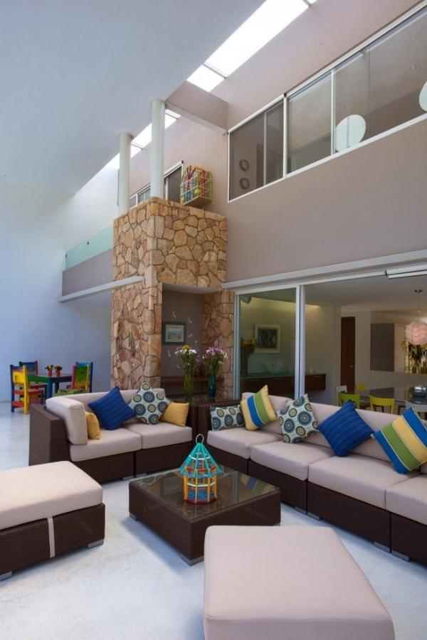 modern-interior-design-at-casa-del-viento-11