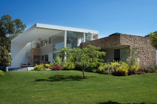 modern-interior-design-at-casa-del-viento-18