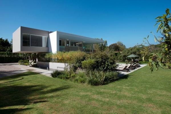 modern-interior-design-at-casa-del-viento-3
