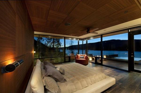 Modern lakeside house Kelowna Canada (13)