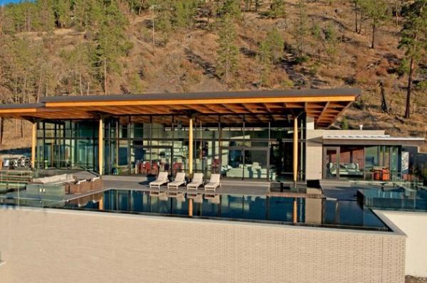 Modern lakeside house Kelowna Canada (3)