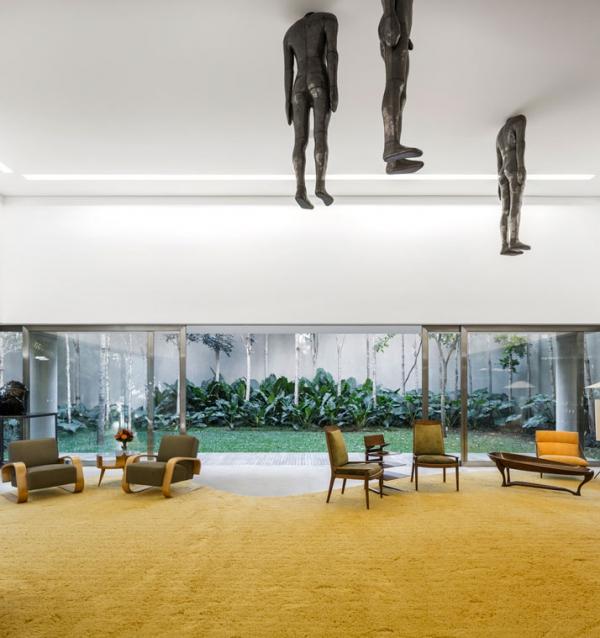 Modern minimalist house in Brazil (8)
