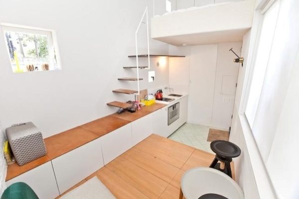 Modern Options In City Living: Tiny House In London – Adorable Home