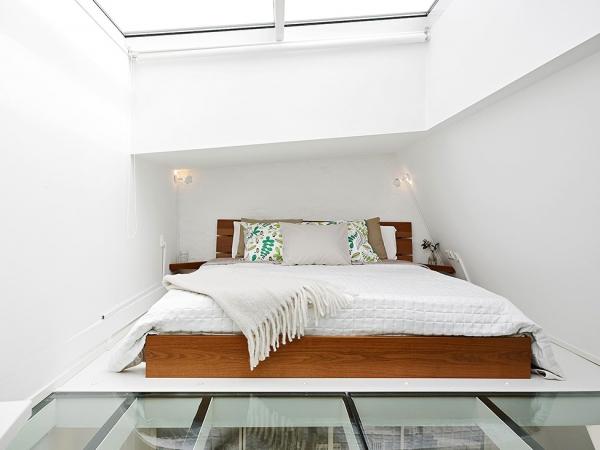 stunning white loft (7)