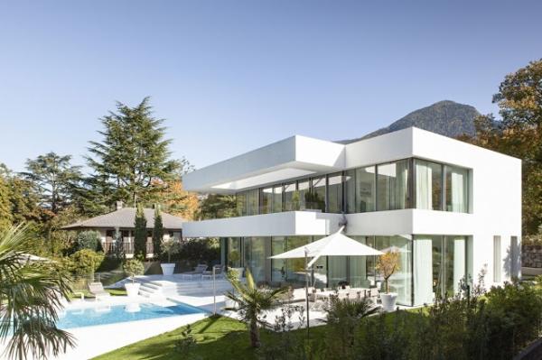 white-villa-1